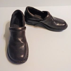 b.o.c. Born Concept Brown Leather Slip On Clogs